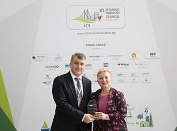 "Zorlu Enerji has once more become the ""Hero of Low Carbon"""